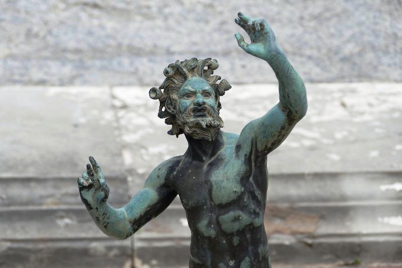 pompeii-statue Cote Amalfitaine Visites avec Guide